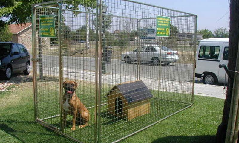 protección y seguridad con vallas para los animales