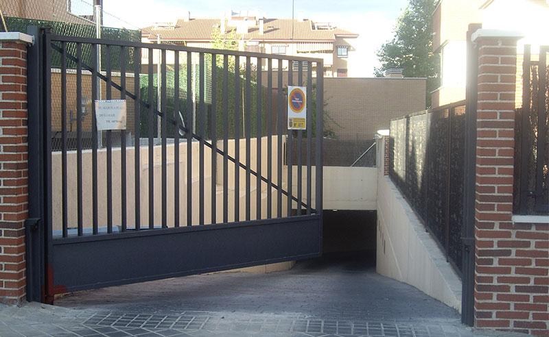 puertas para urbanizaciones o garajes