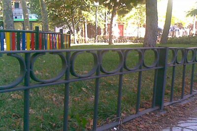 vallados de jardines y parques